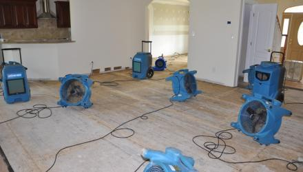 water damage restoration Tuerong